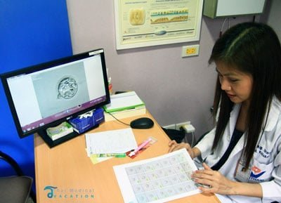 Vejthani-hospital-PGD-gender-selection-bangkok-nurses-prices-lab